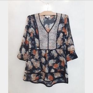 SIimply Noelle blue floral blouse